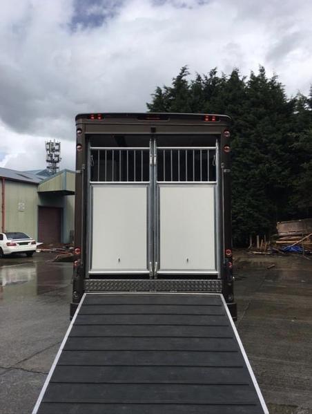 Luxury 7.5t horsebox 3 horse
